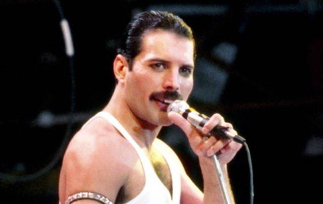Biografía De Freddie Mercury Corta Y Resumida